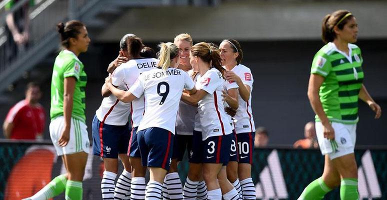 ... la Copa Mundial Femenina Canadá 2015. Francia eliminó al Tri del  Mundial 5-0. Foto  www.notisistema. f2b08fe0c4737
