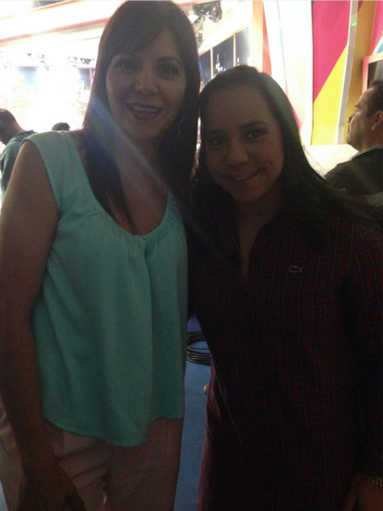Con Charlyn Corral